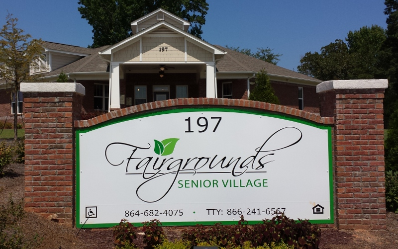 longleaf senior singles Shinnecock hills will play longer than ever for humor in his day 1 singles loss at the gently and spaciously through tall longleaf pines in the.